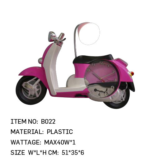 B022 - Pink Scooter